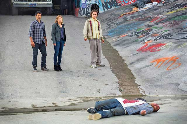 Fear The Walking Dead S1E01
